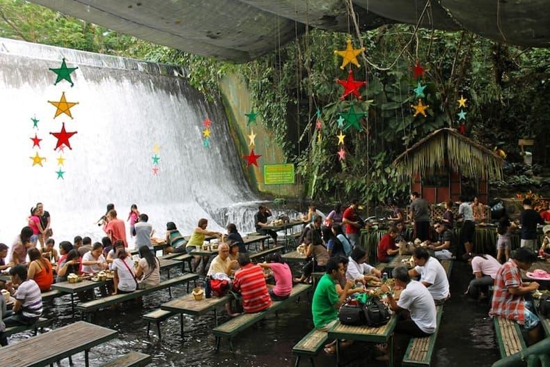 waterfall-restaurant-5[2]
